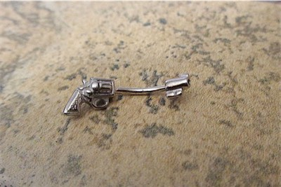 Snug Earring Pistol Piercing