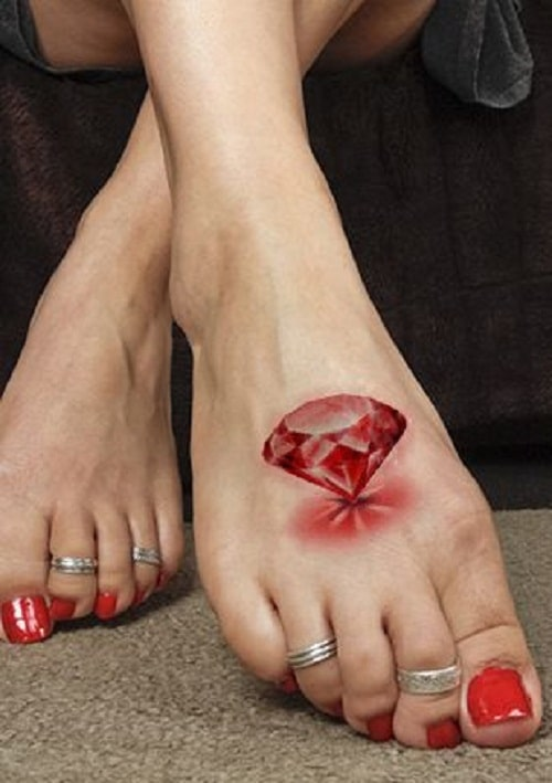 3d-red-foot-diamond-tattoo