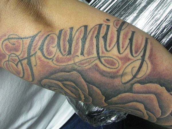 51 Meaningful Family Tattoos Ideas and Symbols - Piercings ...