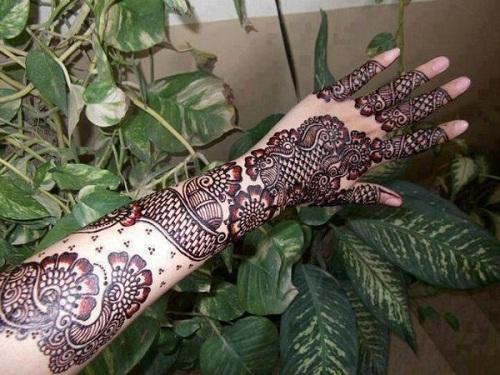 For Women Arabic Mehndi Designs