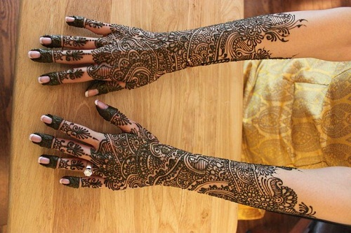 Beautiful Arab Bridal Mehndi Designs