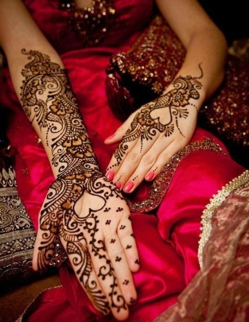 Heart Arab Bridal Mehndi Designs