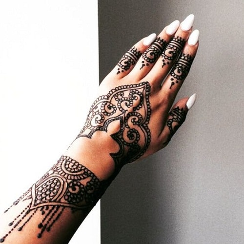 Tips for Bridal Mehndi Designs