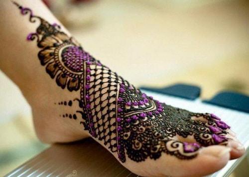 Elegant Foot Arabic Mehndi Designs