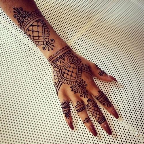 Exceptional Arabic Mehndi Designs