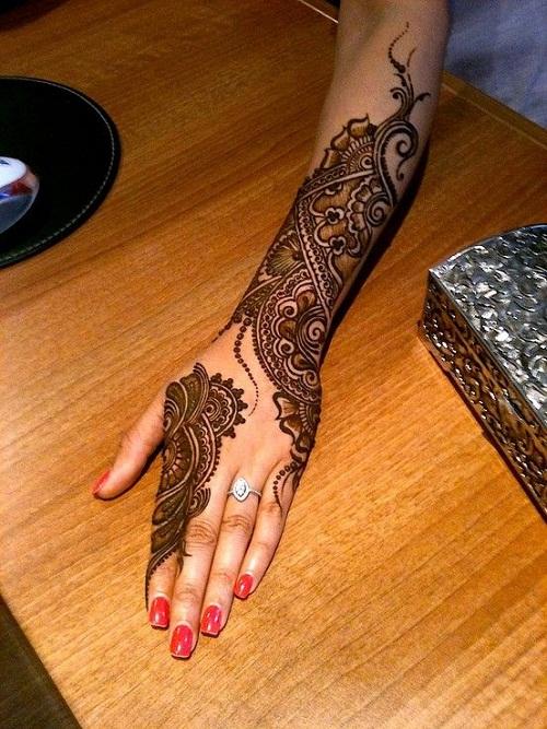 Lovely Arabic Mehndi Designs