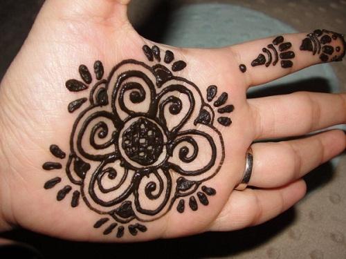 Palm Simple Mehndi Designs