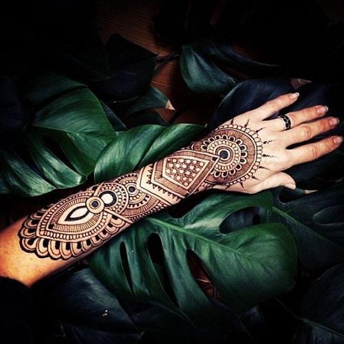 Striking Arm Arabic Mehndi Designs