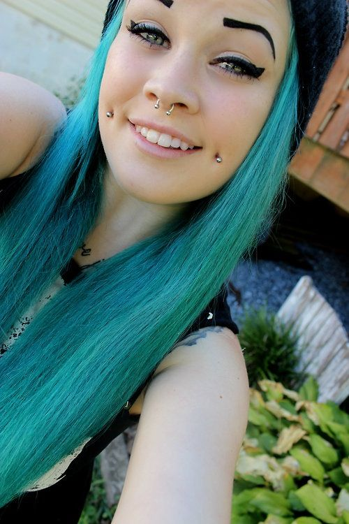 nose and dimple piercing