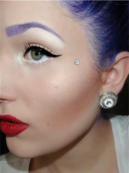 Micro Dermal Eye Piercing