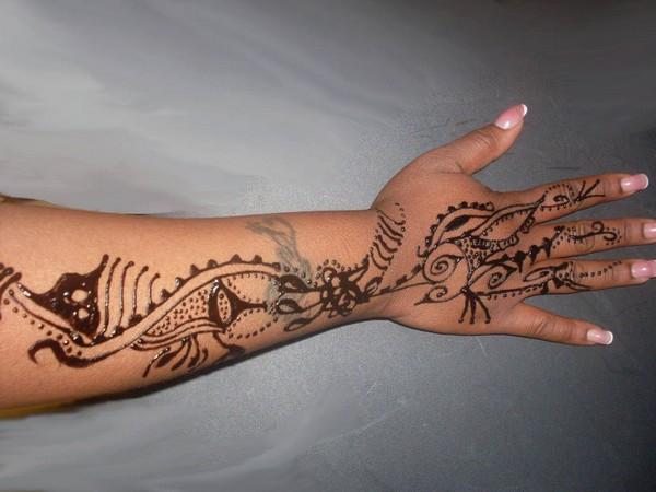 Beautiful Henna Tattoo On Arm