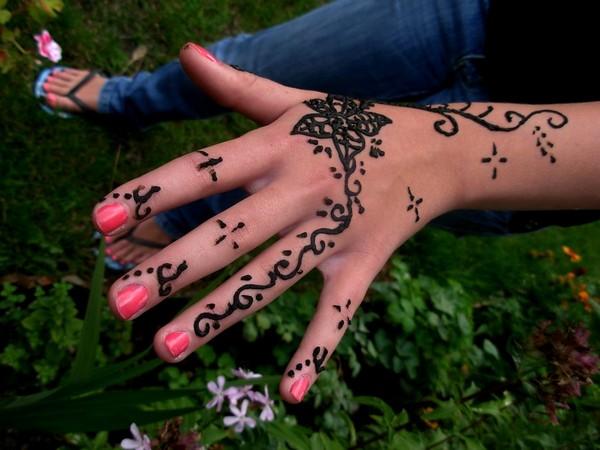 Cute Henna Hand Tattoo