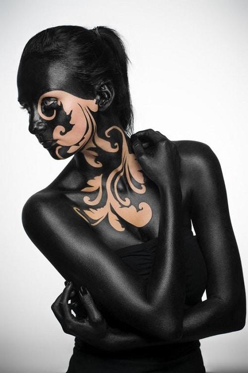 Black And Swirls Body Paint Models