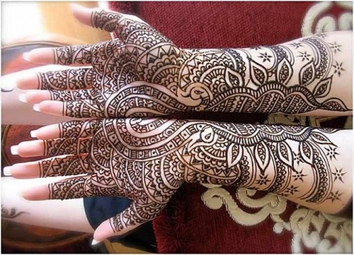 Connected Bridal Mehndi Designs