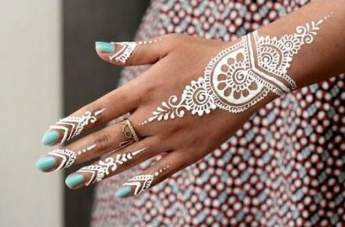 Captivating White Arabic Mehndi Designs