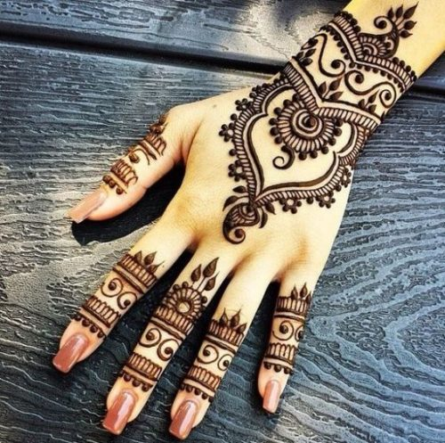 Swirls and Flowers Mehndi Arabic Designs