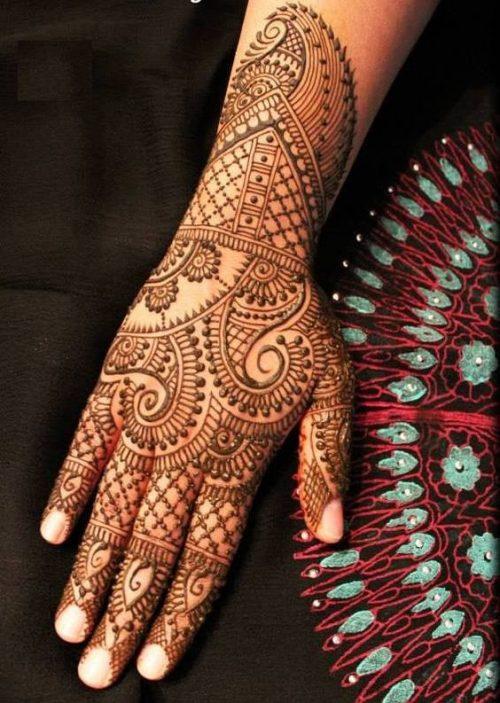 Veil and Flower Arabic Mehandi Designs for Tattoos