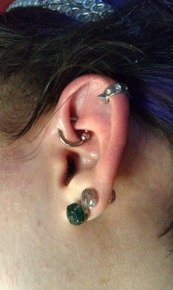 Beautiful Dual Lobe And Ufo Piercing