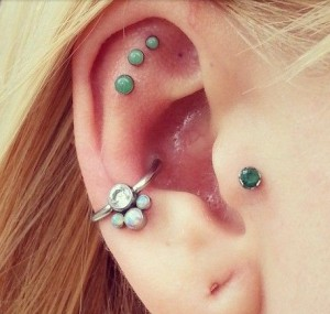 Emerald Outer Conch Piercing