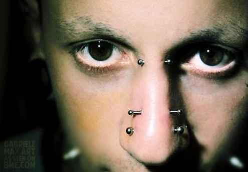 bridge piercings nose