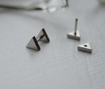 Triangle Screw Medusa Piercing