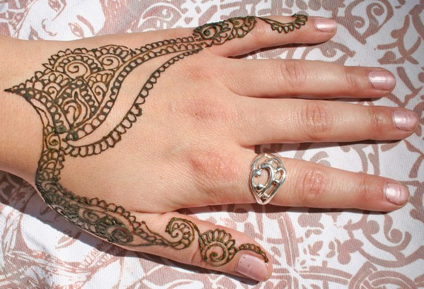 Henna Tattoos On Hand