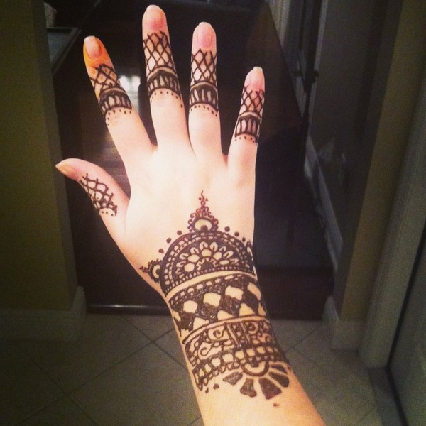 Henna Tattoo Hand Leicht Klein: 100 Simple Henna Tattoo Designs