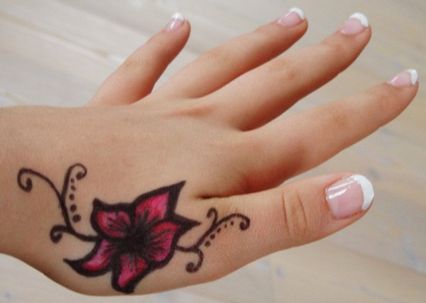 Hand Tattoos Gallery