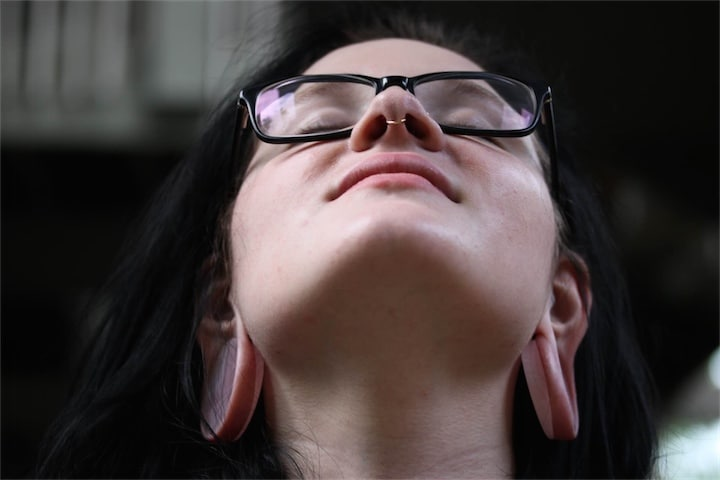 Earlobe Septum Nose Piercing Stretching
