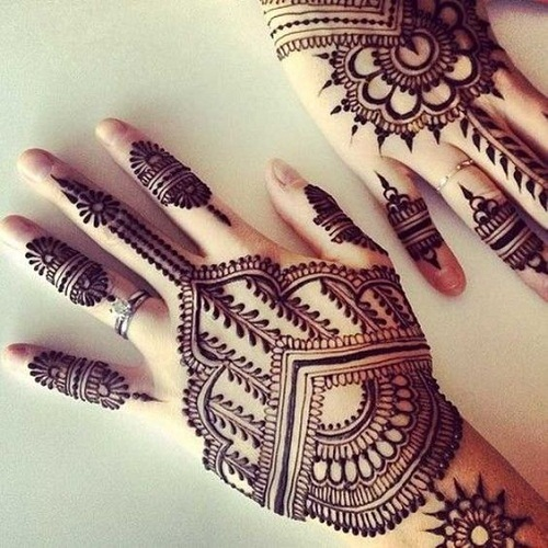 Stylish Arabic Mehndi Designs