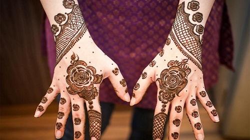 Beautiful Roses Bridal Mehndi Designs