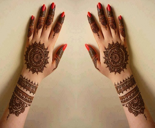 Bombay Style Bridal Mehndi Designs