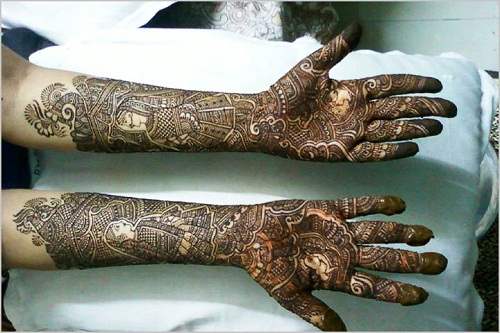 Impressively-Detailed Bridal Mehndi Designs