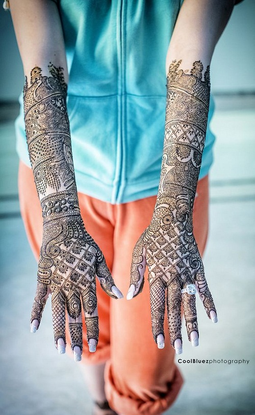 Lovely Arab Bridal Mehndi Designs