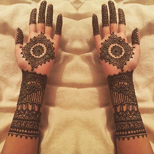 Outstanding Sun Bridal Mehndi Designs