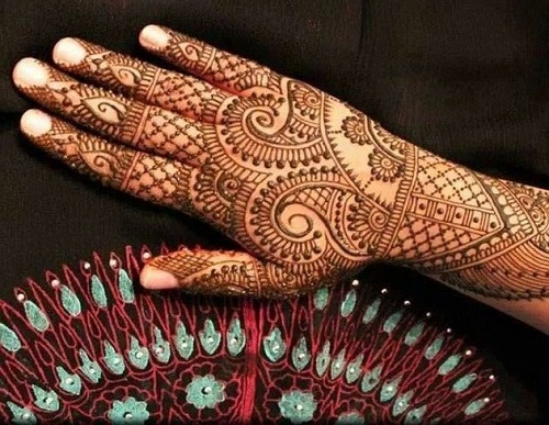 Pretty Bridal Mehndi Designs