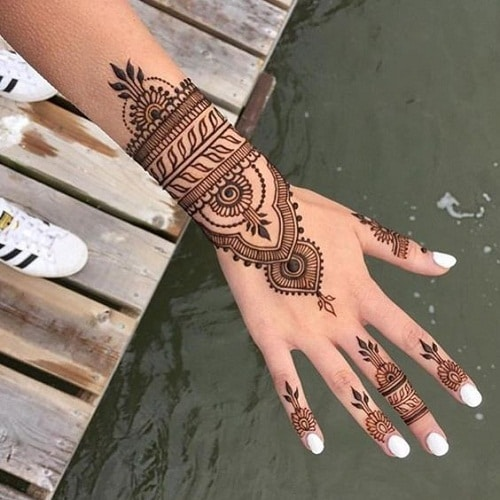 Simple Bridal Mehndi Designs