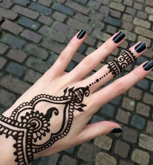 Creative Arabic Mehndi Designs