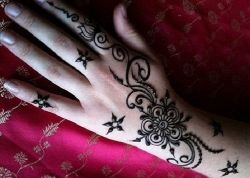 Many-Stars Simple Mehndi Designs