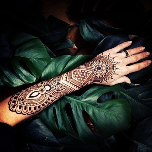 Striking Arm Arabic Mehndi Designs