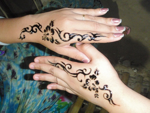 Tribal Flower Simple Mehndi Designs