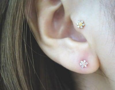 Tragus Lobe Flower Piercing
