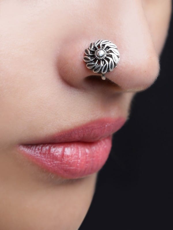 Floret Nose Pin