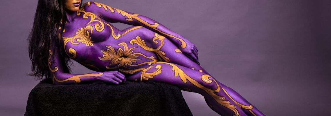 47 Crazy Beautiful Female Body Paint Models With Pictures